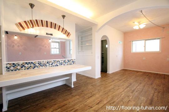 PVCフローリング(デコクリック)を戸建て住宅の床材として使用