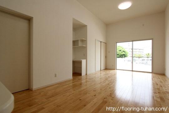 カバ桜無垢フローリングを戸建て住宅の床材として使用