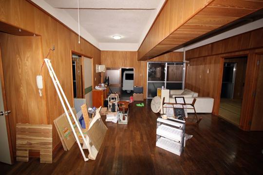 築20年の共同住宅(3LDK)の床材リフォームで、デコクリックフローリングを使用した物件1