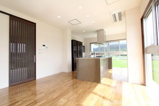 ナラ(楢・オーク)フローリングを住宅の床材として使用