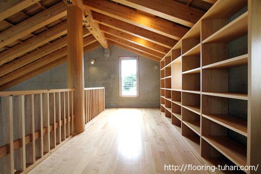桧無垢フローリングを戸建て住宅の床材として採用