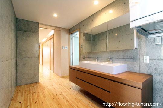 桧無垢フローリングを戸建て住宅の床材として使用した物件