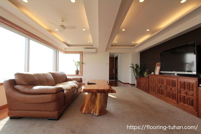 チーク無垢フローリングを、住宅増築の為に床材として使用したお宅