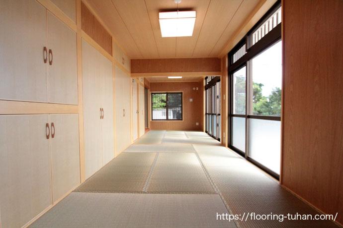 客室用として畳間を設置(無垢フローリング/フローリング/無垢材/無垢床材)
