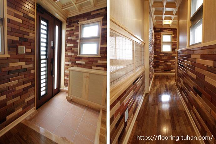 床材だけでなく、壁やドアにも無垢フローリングを使用してオシャレに仕上げた玄関付近(チークフローリング/チーク材/無垢床材/フローリング材/チーク床材/チーク無垢)