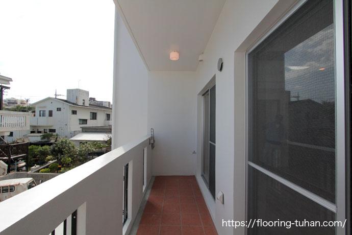 ダイニングや各部屋に明るいカバ桜を使用し、家全体を明るい雰囲気に仕上げたお家