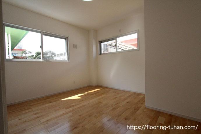 カバ桜無垢フローリングを子育て世代の夫婦、新築戸建て住宅の床材として使用