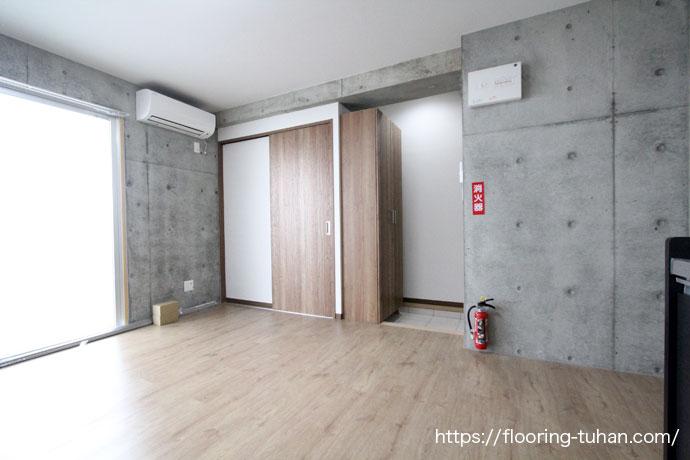 ボンド不要の置くだけフローリング(PVCフローリング)をアパート物件の床材として使用