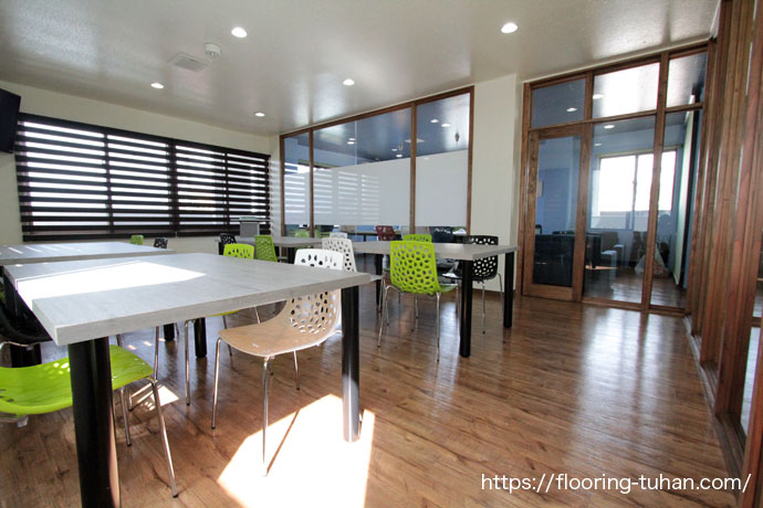 PVCフローリング(デコクリック)を福祉施設の床材として使用、沖縄県(浦添市)