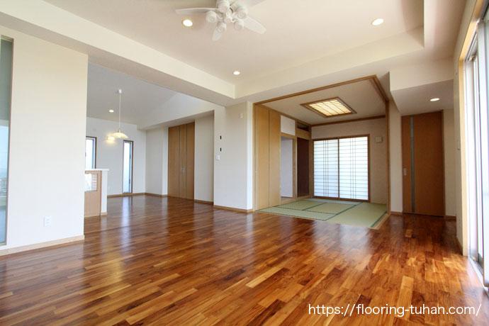 チーク無垢フローリングを使用した、1階建て戸建て住宅(沖縄県)