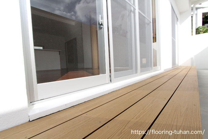 Gウッドデッキ材(WPC)を戸建住宅のベランダへ使用