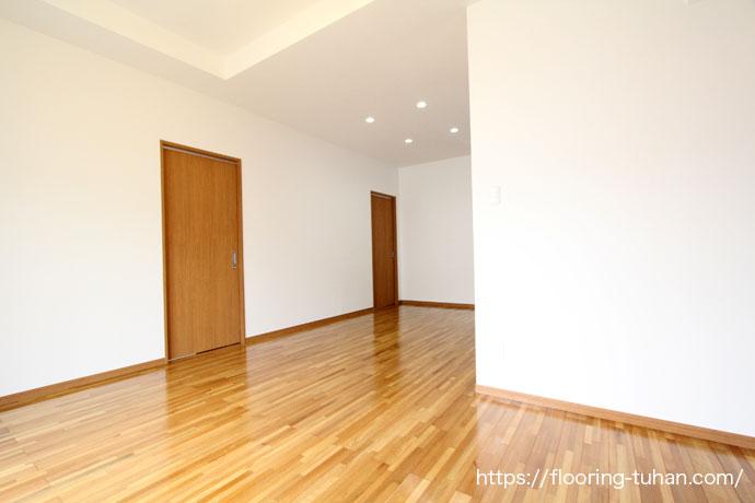 色味が人気のアリーウッドフローリングを戸建て住宅の床材として採用していただきました