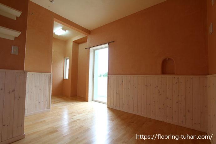 カバ桜フローリングを使って家全体を明るいお家に仕上げた住宅