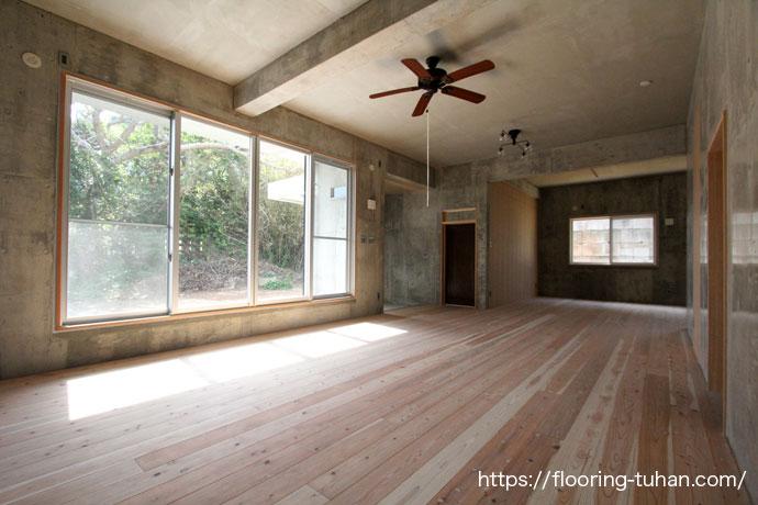 杉150巾ソリッド(OPC/一枚物)無塗装品を戸建て住宅にご採用いただきました|無垢フローリングの施工事例