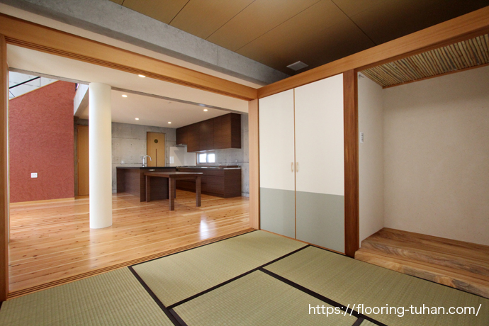 杉材を使用した住宅 広く空間と遊び心のある家